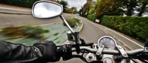 バイク教習のヘルメットや手袋、プロテクターなどについて