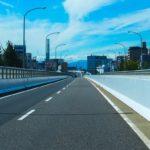 バイクで高速道路を走行するには排気量何ccから?二人乗りの条件は?